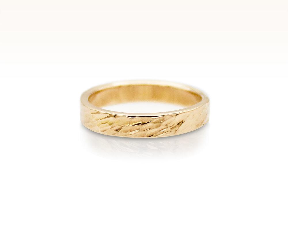 Oblique Hammered Band in 18K Rose Gold