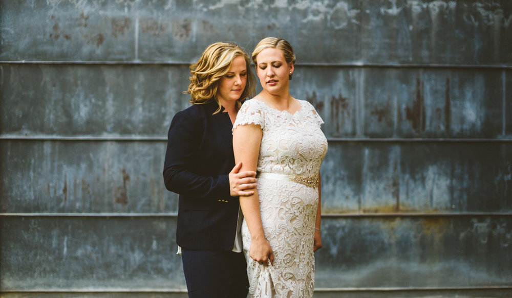 BALTIMORE WEDDING AT MOUNT WASHINGTON MILL DYE HOUSE POSE OUTSIDE, HOPE BEHIND MEG