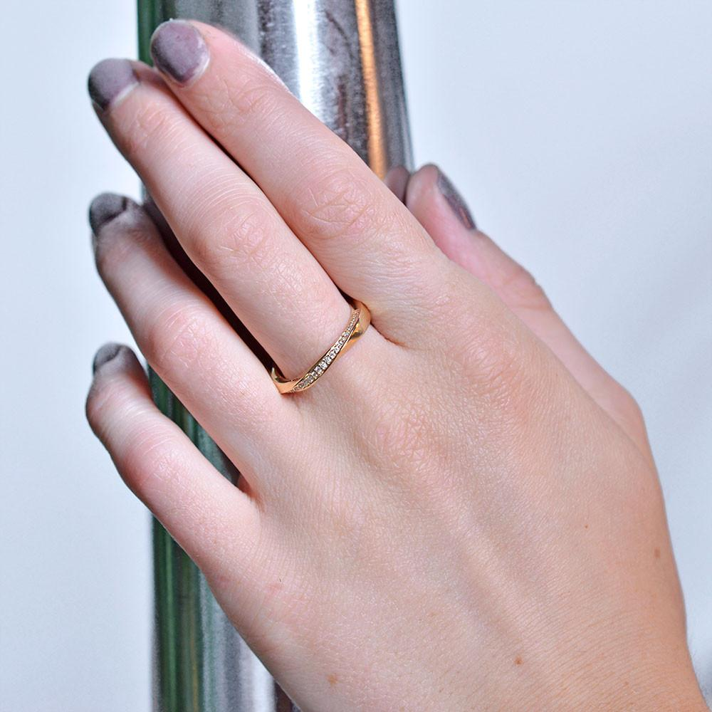 Valerie Madison Jewelry Seattle Washington Engagement and Wedding Rings