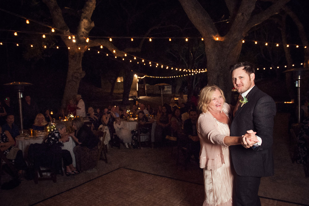 circle oak ranch farm wedding california ulises dancing with mother