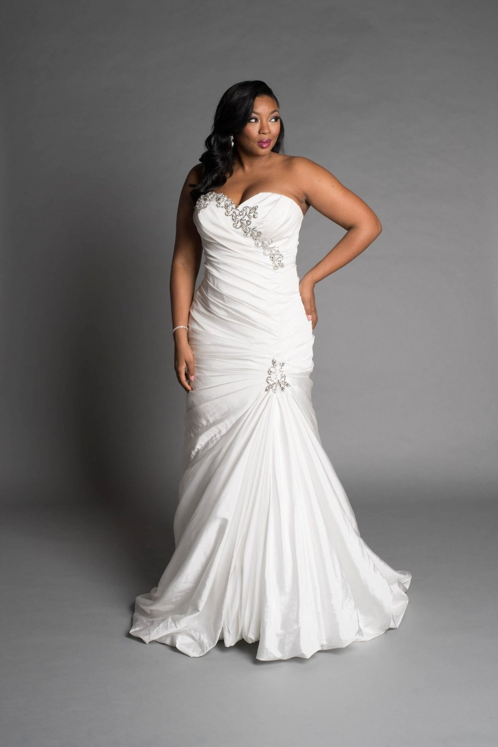 CLASSIC MERMAID WEDDING DRESS by PNINA TORNAI