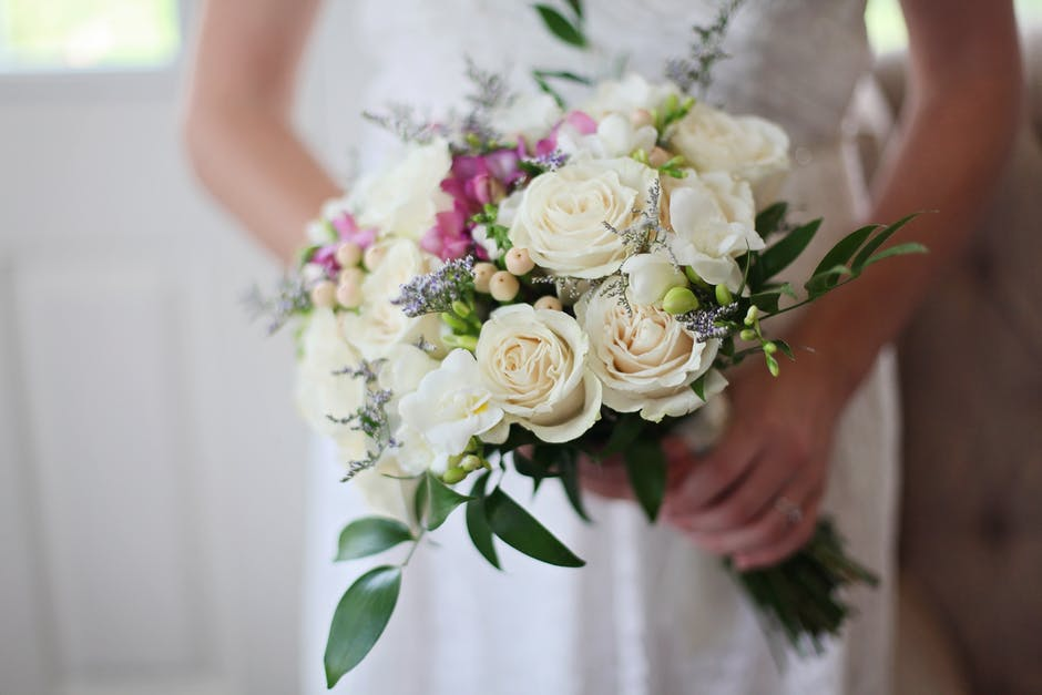 DIY Wedding Floral Bouquets and arrangements how to