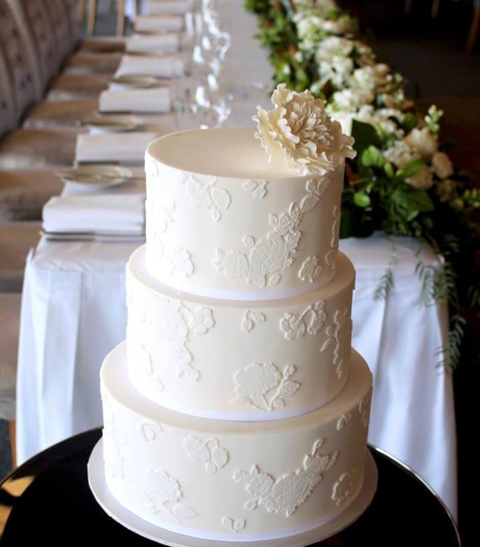 sri lankan wedding in sydney australia wedding cake