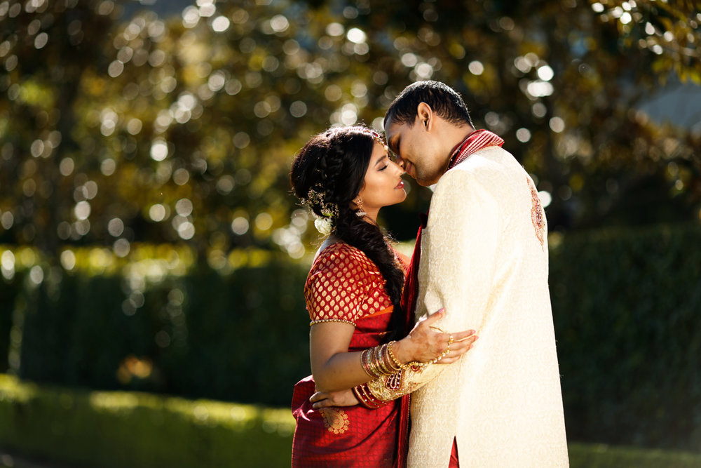 sri lankan wedding in sydney australia couple outside just before kiss