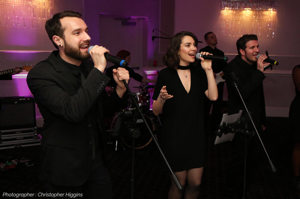 The Metropolitan Players singing at wedding reception in New York area