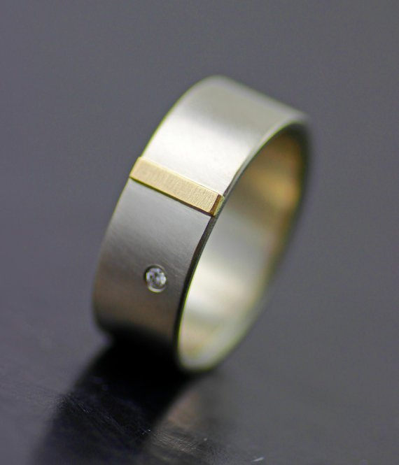 MEN'S GOLD TAB WEDDING BAND WITH DIAMOND