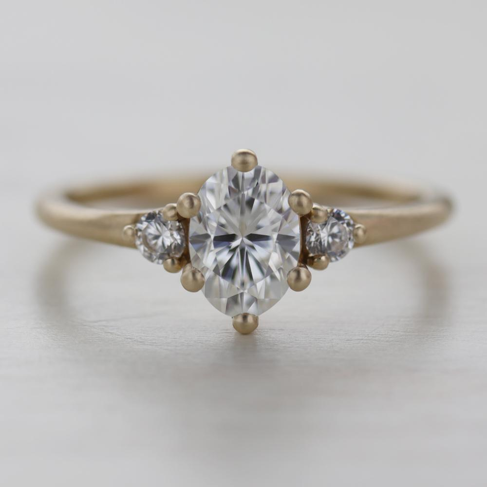 Prong-set Oval Three Stone Ring by Aide-mémoire Jewelry