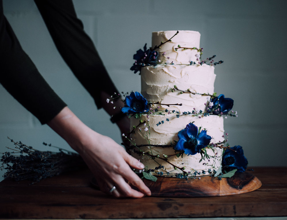 A moody, wild wedding cake. Laura's cake decoration is always on point.