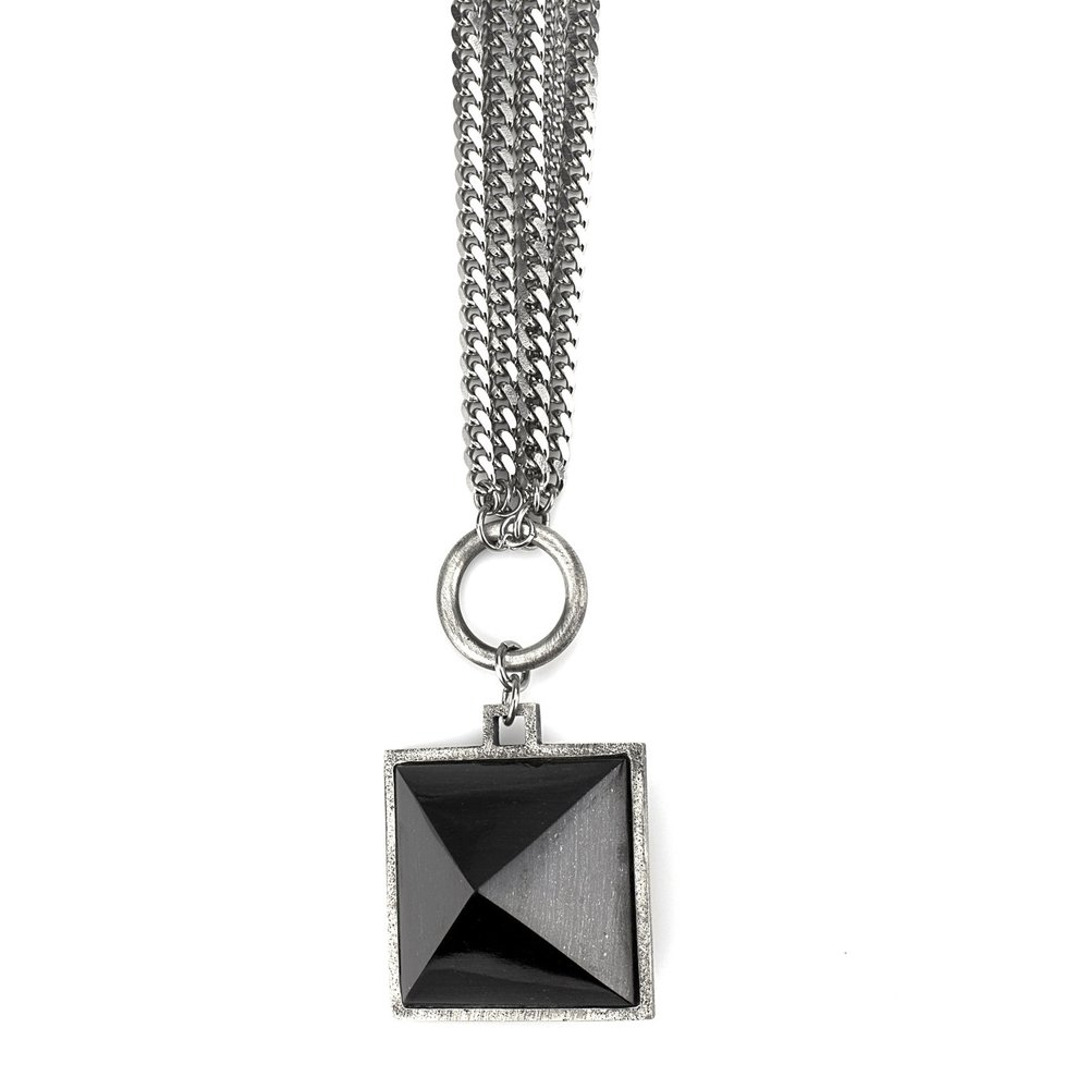Pyramid-Necklace-01-EDIT.jpg