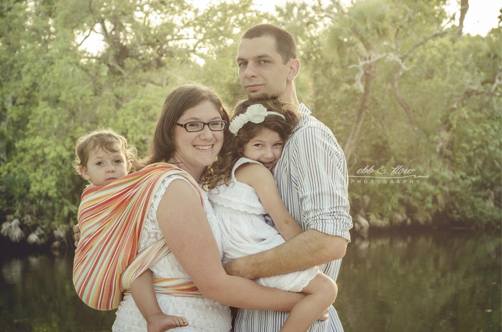 babywearing-family-portrait
