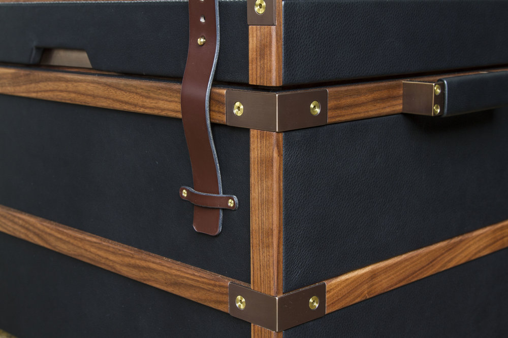 Collingwood Bench Trunk