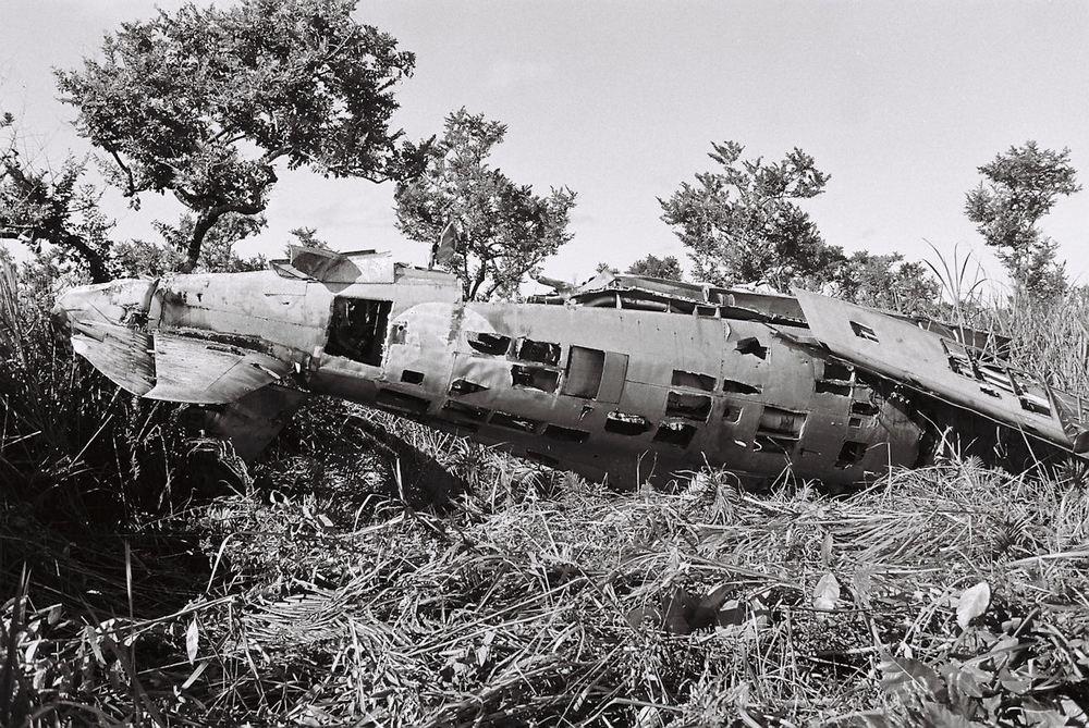 P-47D 42-27609 fus lt - b.jpg