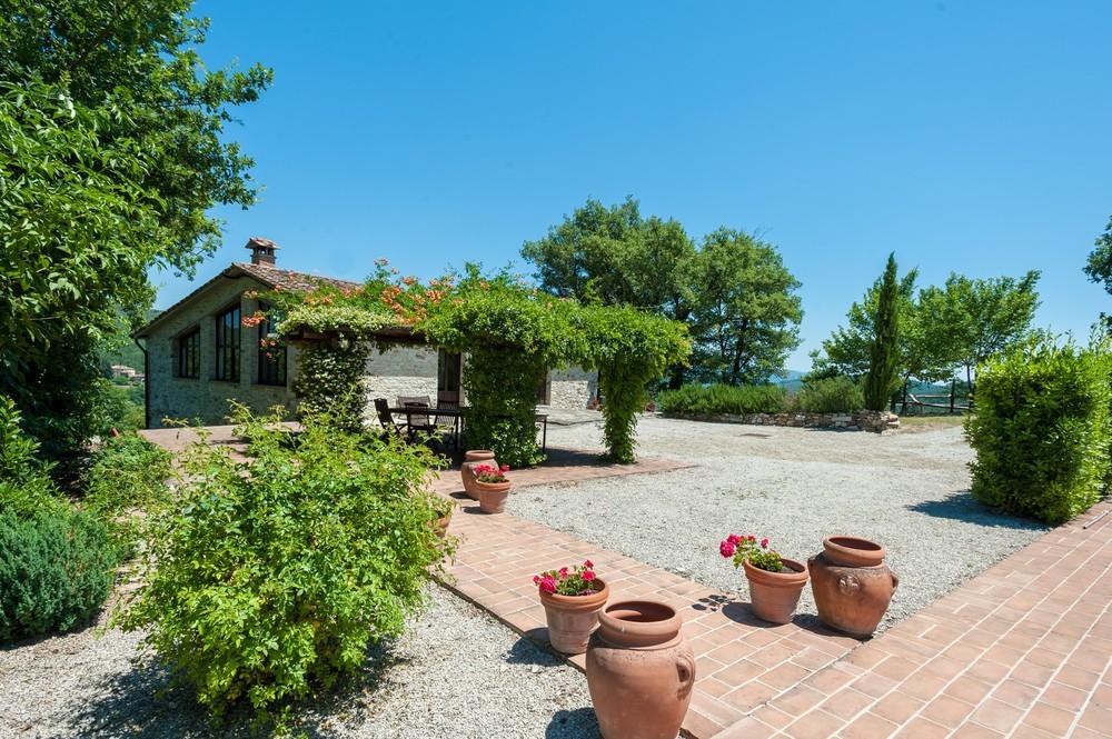 Villa terrace (2).jpg