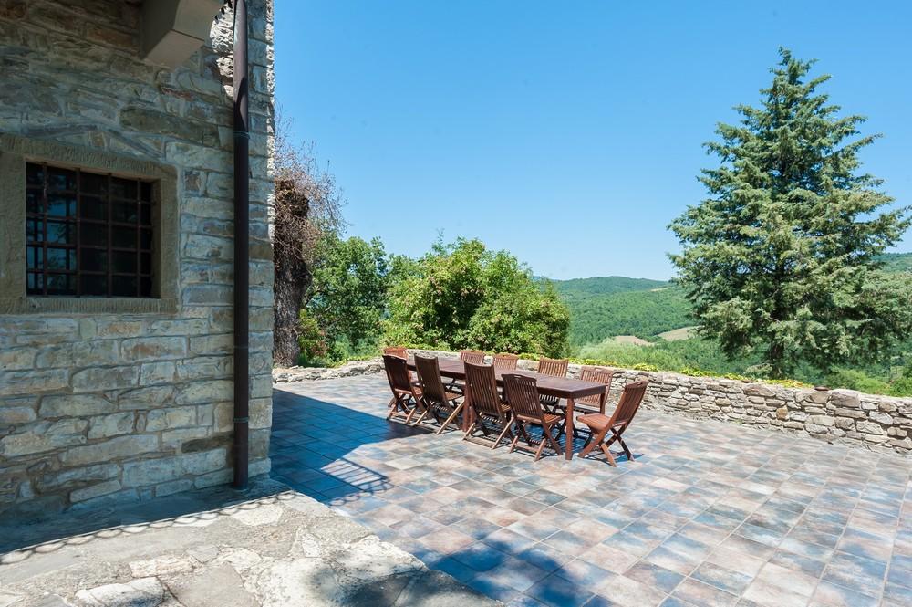 Villa terrace (7).jpg