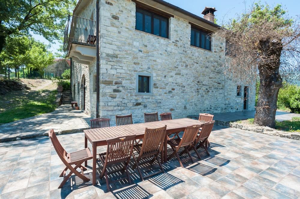 Villa terrace (10).jpg