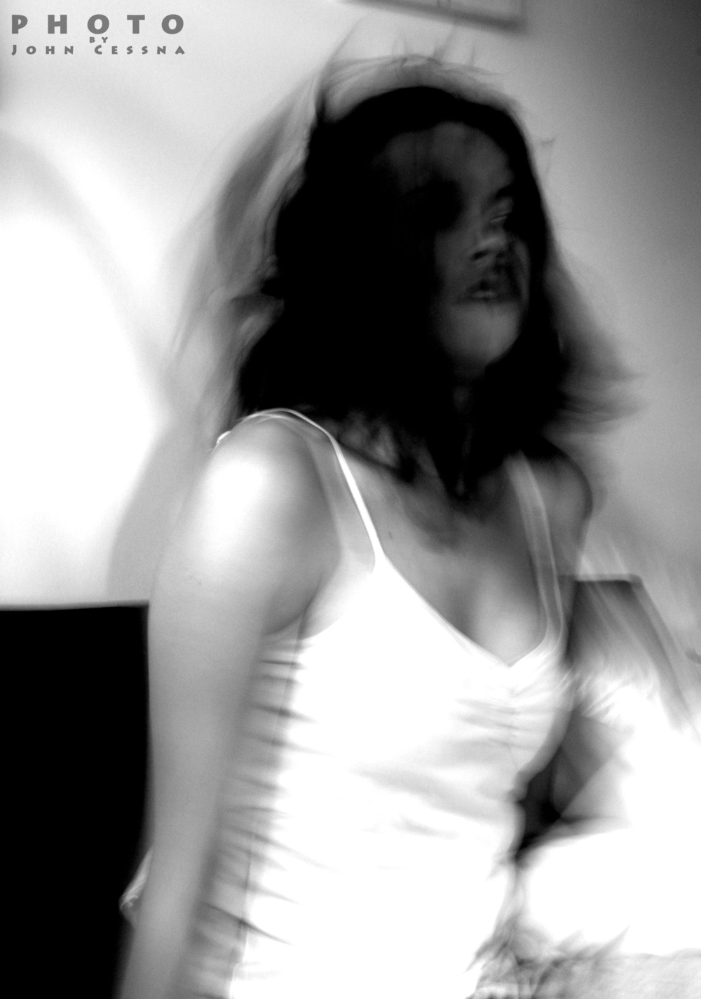 Kat+Wakes+Up+5+%28Vert%2C+Motion%2C+-1924850778-O.jpg