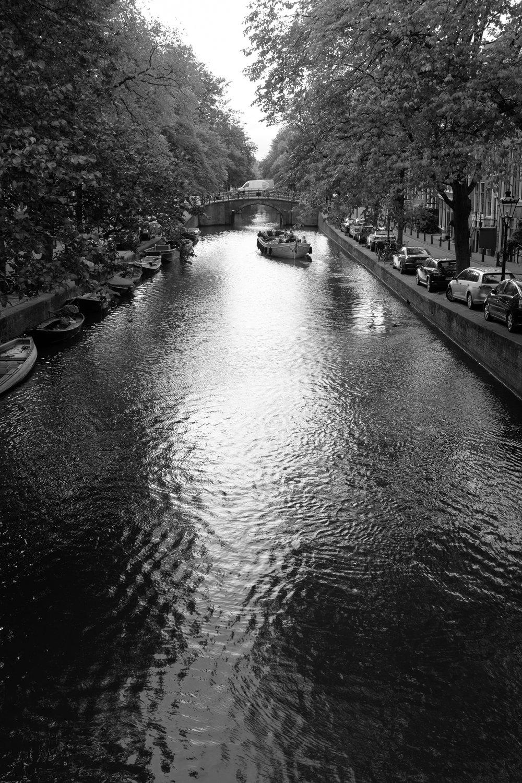 0-Amerserdam Canal (web).jpg