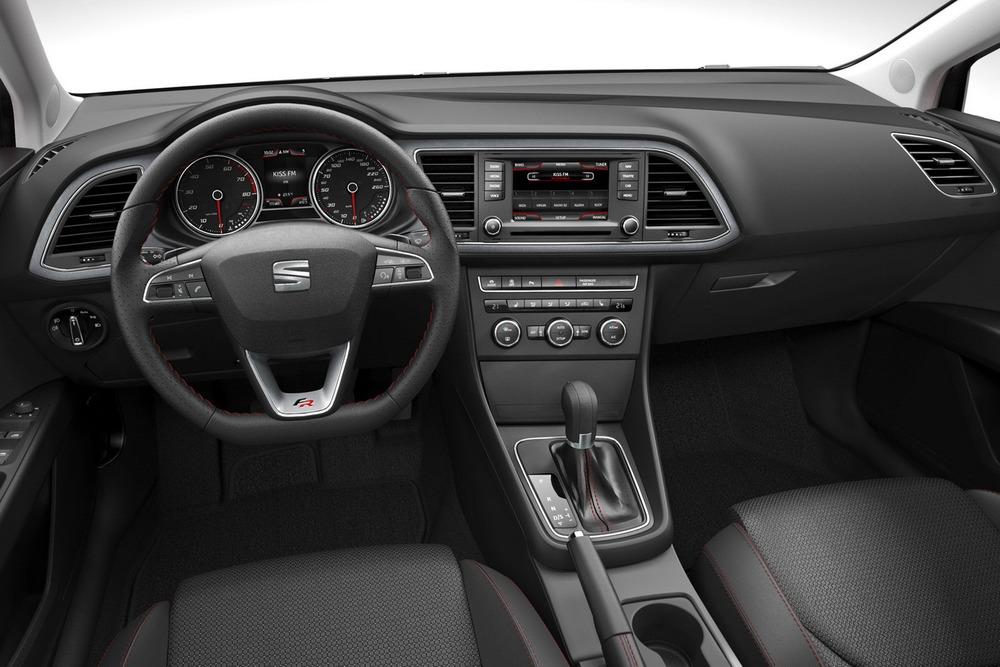 2013-Seat-Leon-pictures-12.jpg