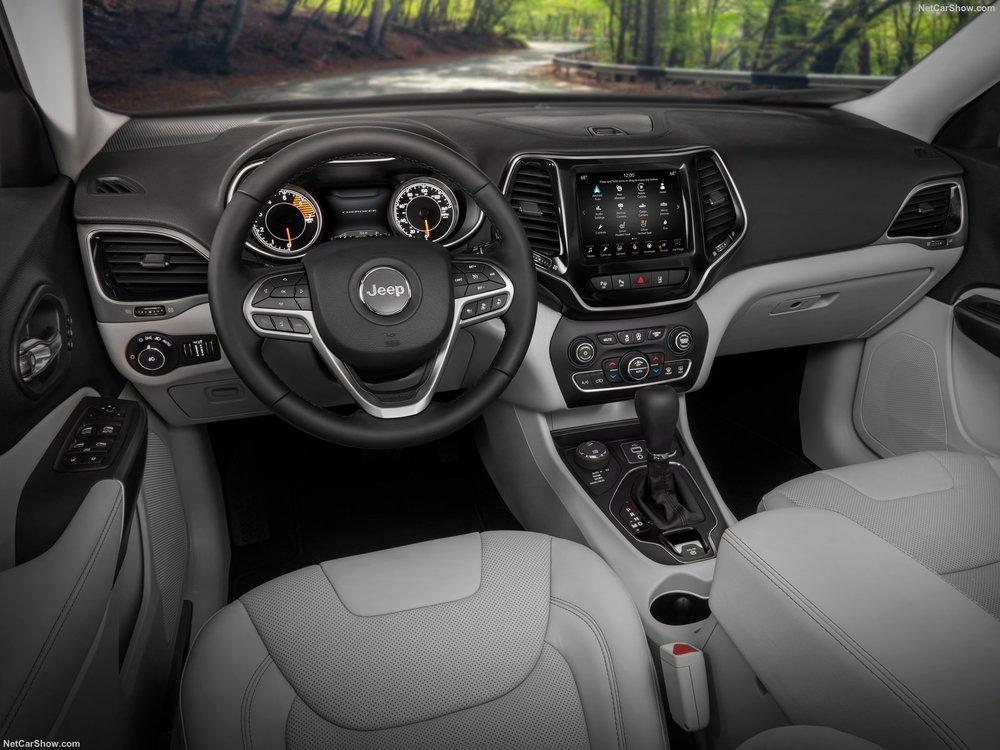 Jeep-Cherokee-2019-1600-04.jpg