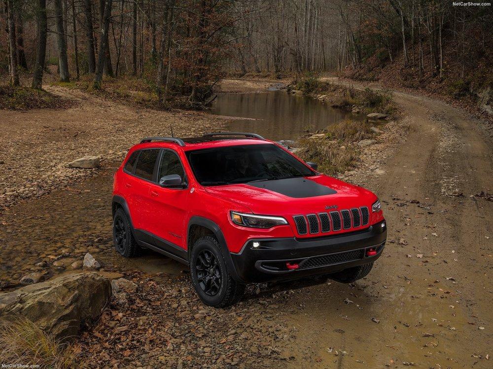 Jeep-Cherokee-2019-1600-0e.jpg