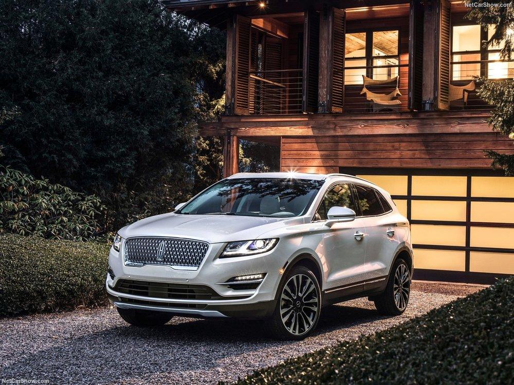 Lincoln-MKC-2019-1280-01.jpg