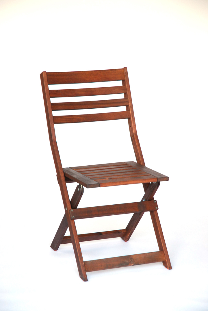 A classic wood folding chair with a Mahogany finish to compliment our Redfern Harvest Tables. These chairs are perfect for an outdoor ceremony, barn wedding or can be dressed up for the grandest of affairs.