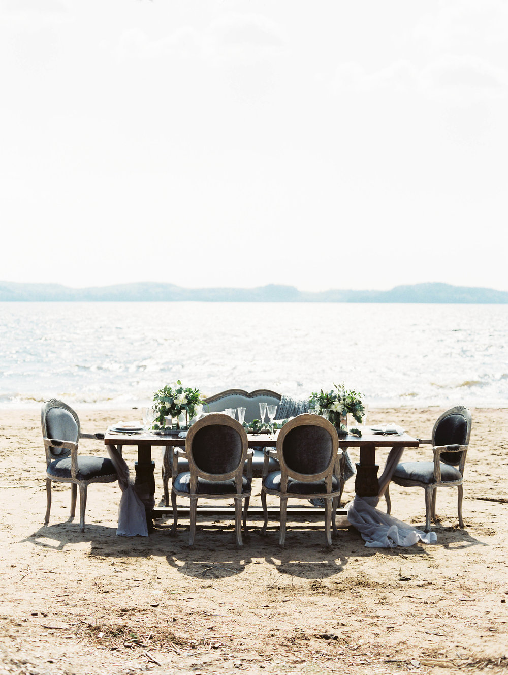 LucyMyersEvents_MuskokaWeddingPlanner_BeachWedding