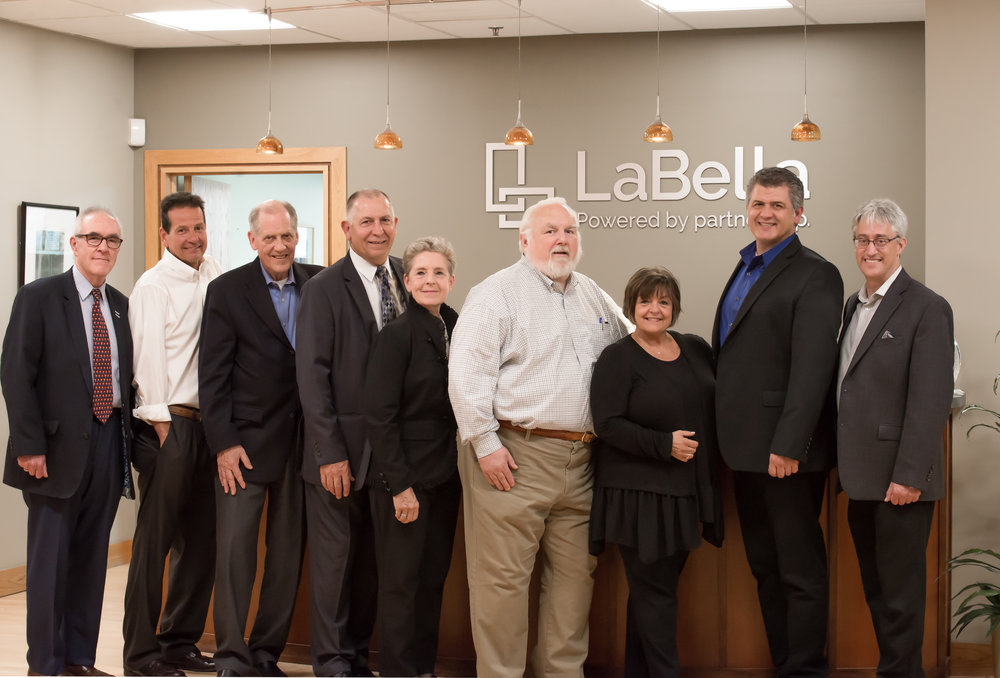 Pictured (left-to-right) : Sergio Esteban, Rob Pepe, Dan Barton, Rich Nardini, Kathy Nardini, Bill Hovey, Jo-Anne Charron, Greg Usewicz, Bob Attardo