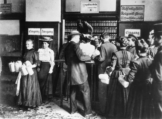 慕尼黑,德國,Augustiner 啤酒廠,約 1910。