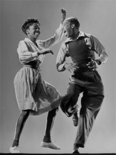 1943 年  LIFE 雜誌 Lindyhop 專欄:Leon James & Willa Mae Ricker