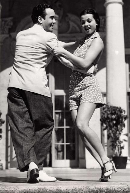 1935 年