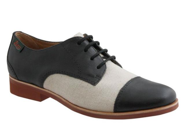 現代 cap-toe 牛津鞋