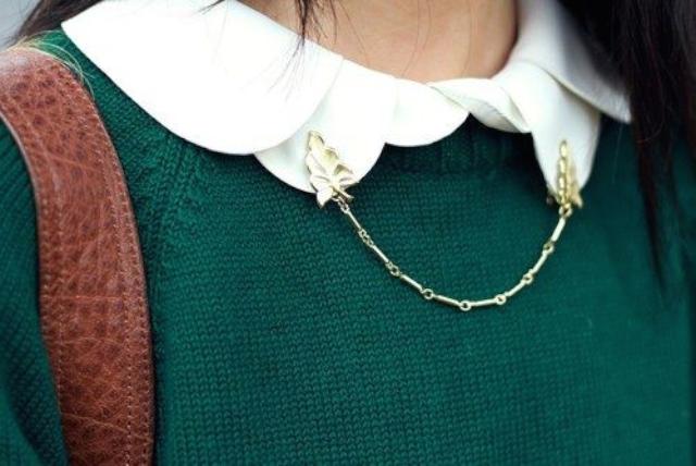 夾在領子上的毛衣夾