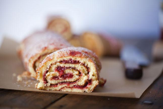 """看來挺可口的 """"jelly roll""""(圖片來源:Bon Appetite)"""