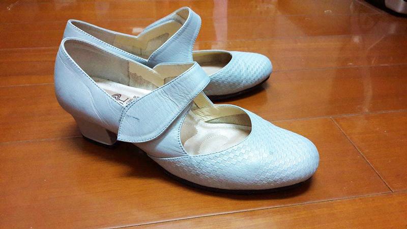 雅筑的 LBH 舞鞋