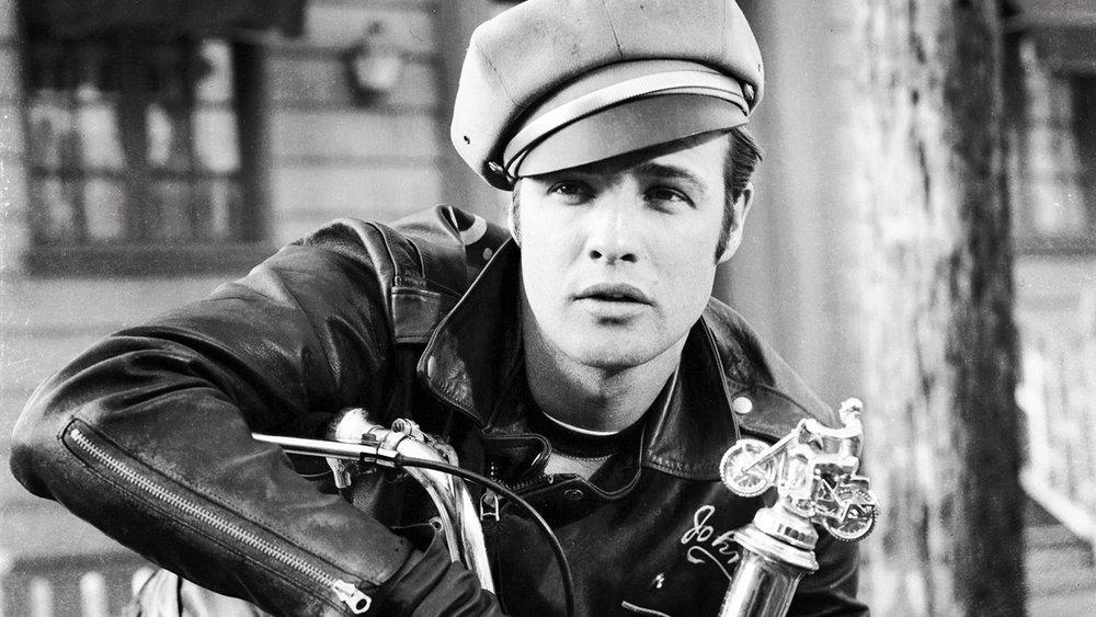 1957 年的 Marlon Brando(via:Indie Wire)