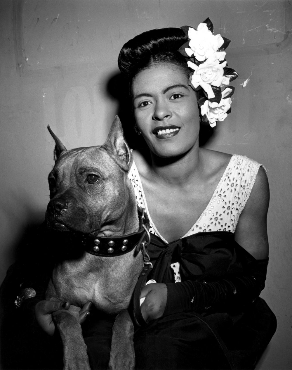 Billie Holiday 以及愛犬 Mister(via: The Source)