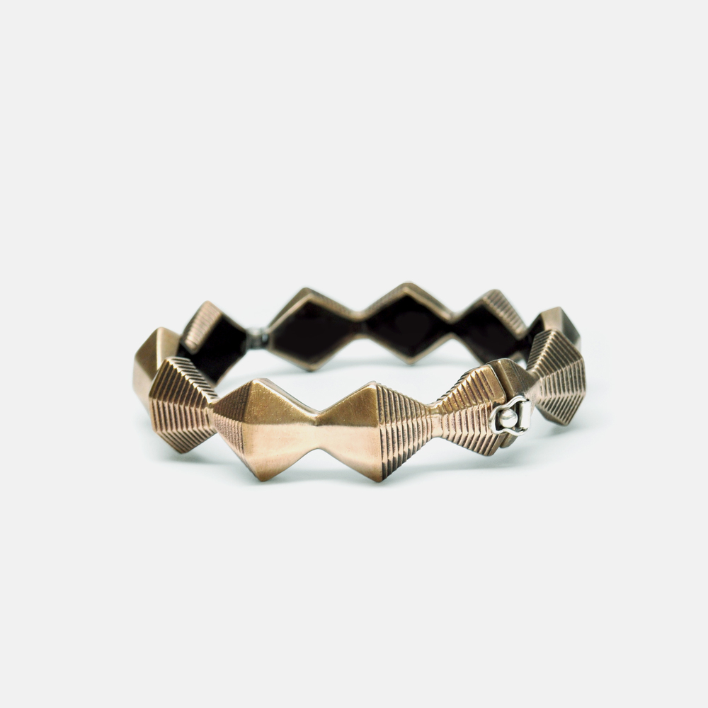 Off_White_Marisa_Lomonaco_Minor_Endless_Column_Bracelet_0001_Bronze.jpg