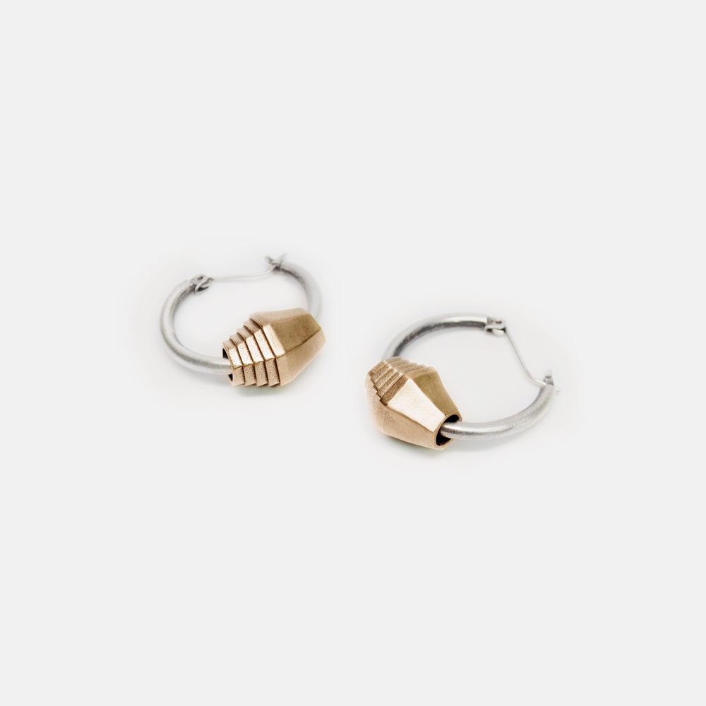 Off_White_Marisa_Lomonaco_Bead_Earring_0001_Bronze copy.jpg