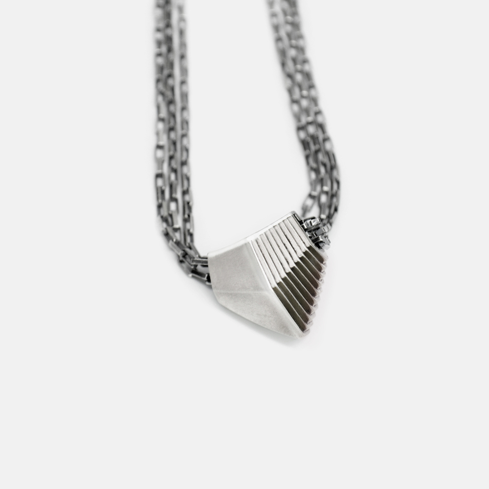 Off_White_Marisa_Lomonaco_Endless_Column_Necklace_Silver.jpg