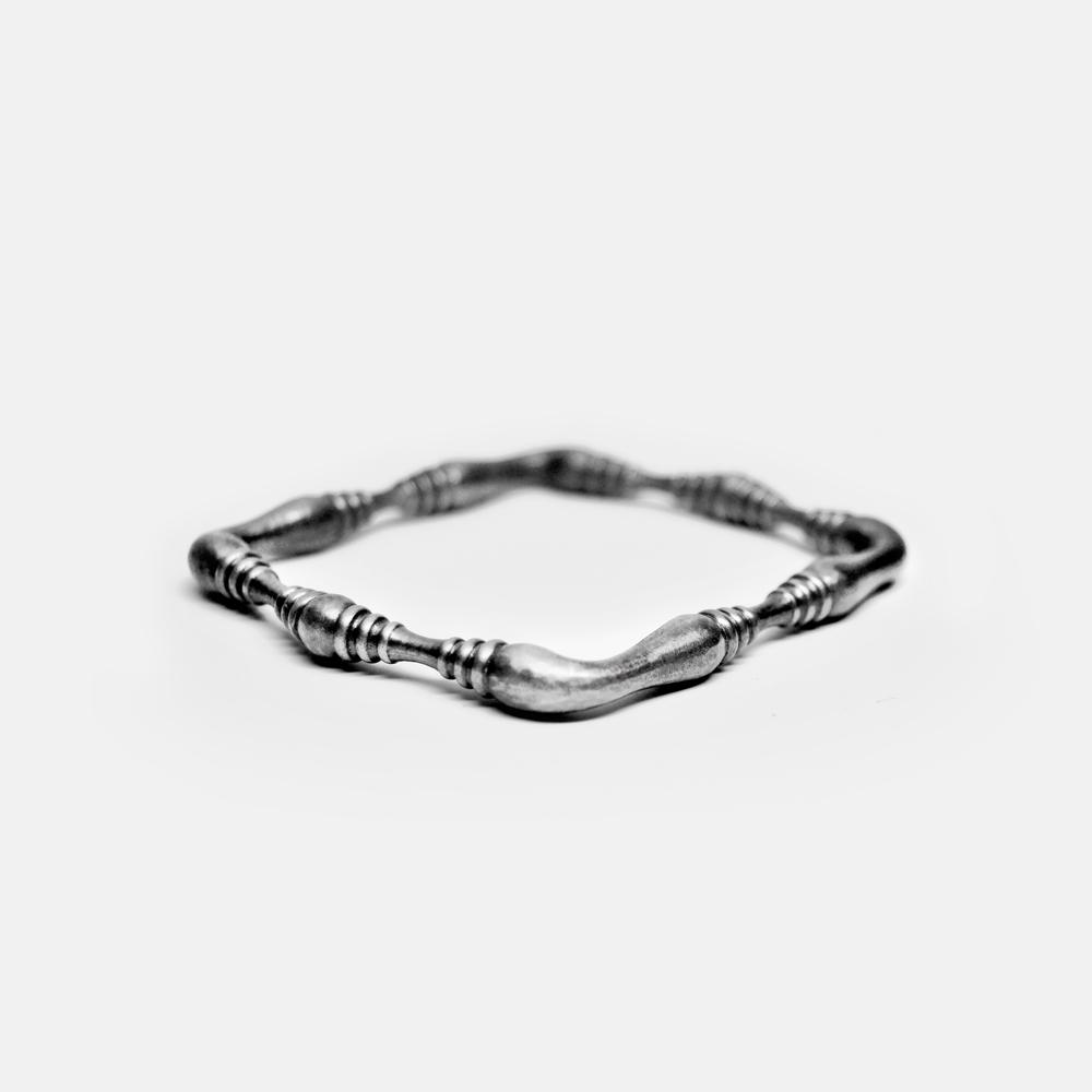 Marisa_Lomonaco_Hudson_Valley_custom_Jewelry_lathe_0003_square_bracelet_silver.jpg