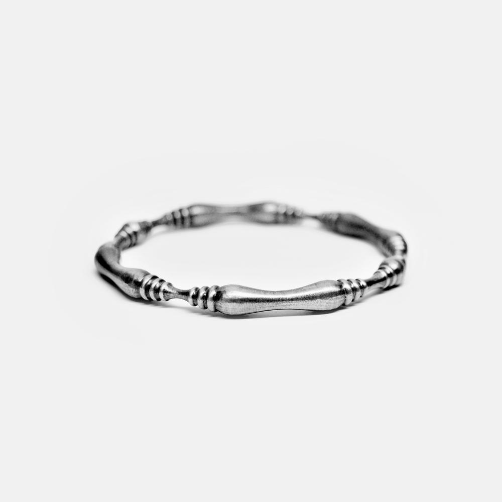 Marisa_Lomonaco_Hudson_Valley_custom_Jewelry_lathe_0005_round-bracelet_silver.jpg