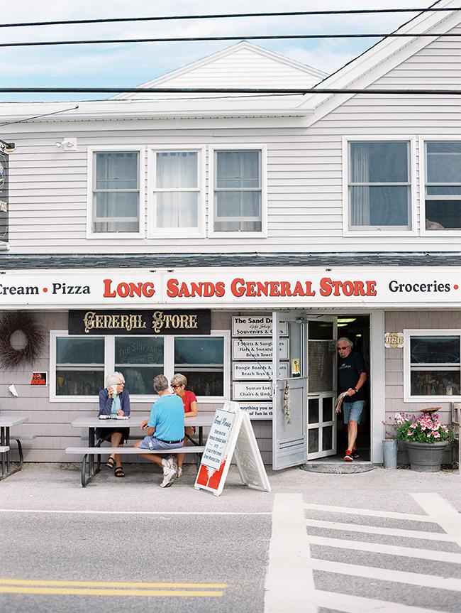 Travel Photographer_York Beach Maine_004.jpg