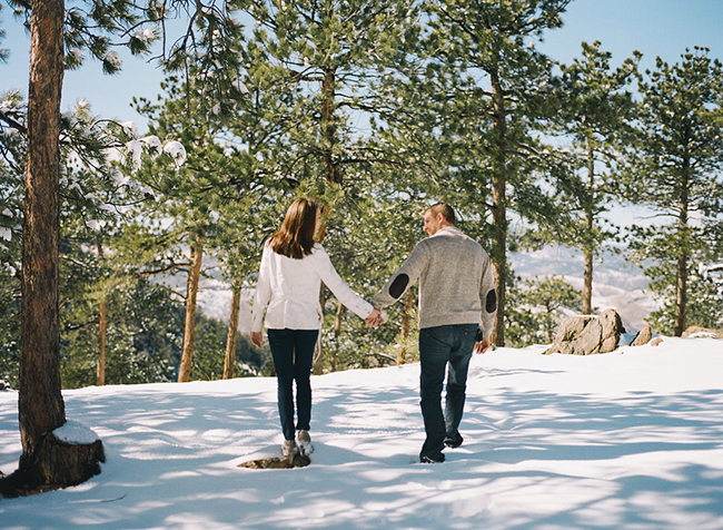 Engagement and Wedding Photographer Colorado Mountains_001.jpg
