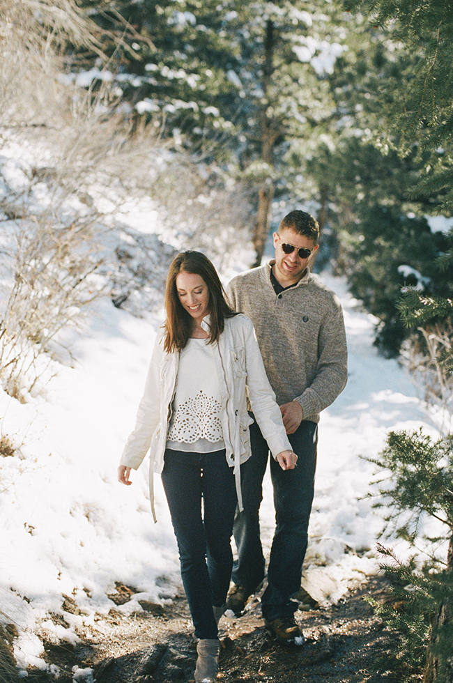 Engagement and Wedding Photographer Colorado Mountains_030.jpg