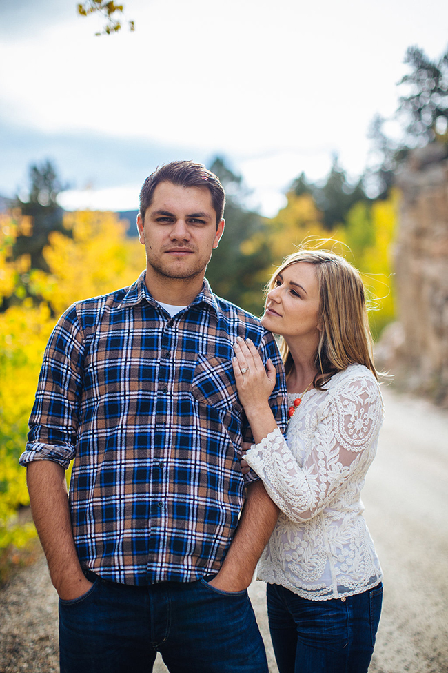 Engagement and Wedding Photographer Colorado Mountains_009.jpg