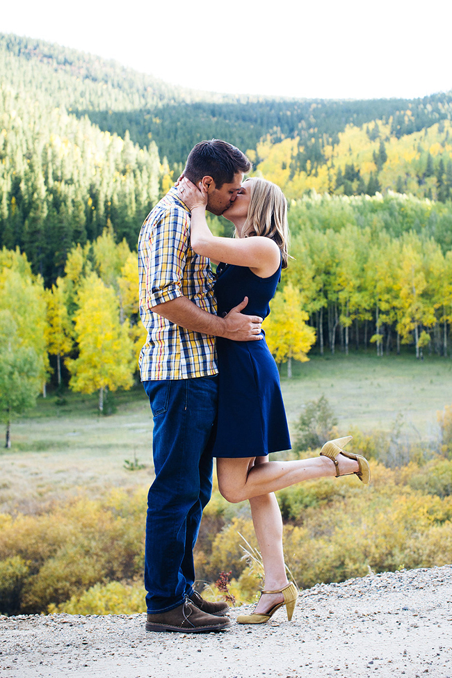 Engagement and Wedding Photographer Colorado Mountains_043.jpg