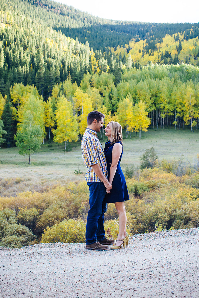 Engagement and Wedding Photographer Colorado Mountains_042.jpg