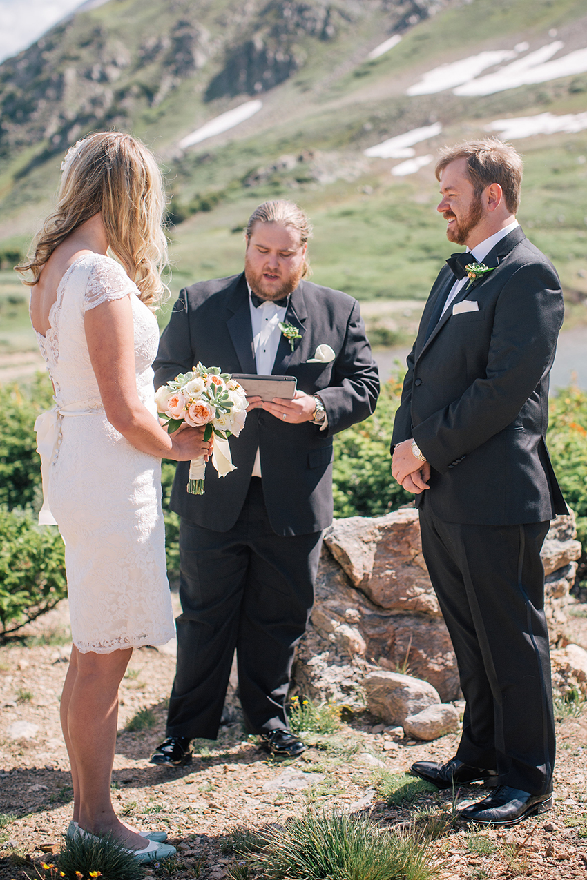 Colorado Mountain Elopement Photographer_005.jpg