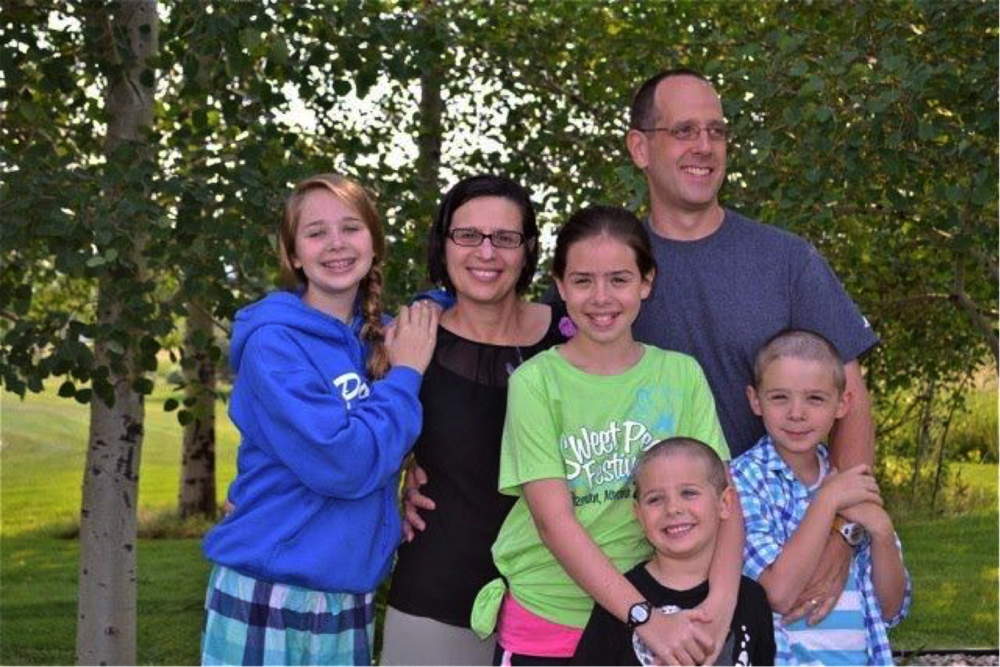 Kitty Powell and Mark Swinth's family (Emily, Kira, Milo, Tucker)